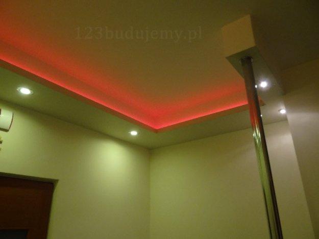 taśma led podświetlenie sufitu oświetlenie halogenowe