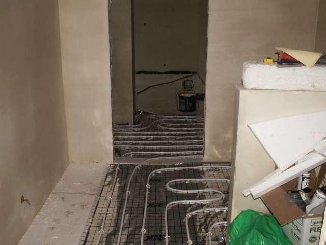 ogrzewanie podłogowe w holu, podłogówka