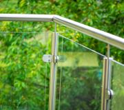 poręcz z aluminium balustrada szklana