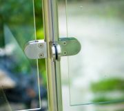 akcesoria do balustrad ze szkłem