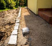 opaska domu z kostki granitowej