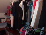 zabudowana garderoba półkami z mdf system garderoby z obi
