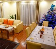 bożonarodzeniowy wystrój salonu