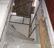 rusztowanie warszawkie konstrukcja na schodach zabiegowych