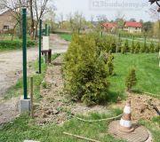 montaż ogrodzenia z paneli ogrodzeniowych zgrzewanych