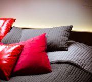 podświetlane łóżko