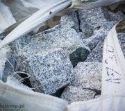 Kostka granitowa łupana