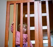zabezpieczenie schodów małe dziecko poddasze