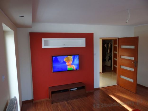 podświetlenie led zabudowy telewizora, podświetlana półka na telewizorem