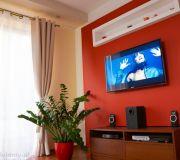aranżacja telewizora ścianka tv półka