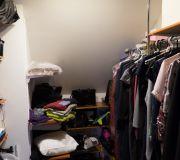 test żarówki led, dotychczasowe oświetlenie w garderobie