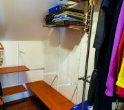 modernizujemy garderobę na poddaszu