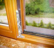 Moskitiera siatka na owady na okno