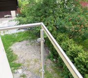 barierka aluminiowa szklana na balkonie