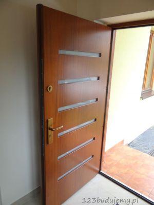 Drzwi wejściowe, drzwi drewniane, drzwi antywłamaniowe