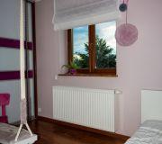 różowy pokój dzieci rolety zamiast zasłon