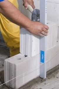 murowanie ściany działowej z bloczków silikatowych
