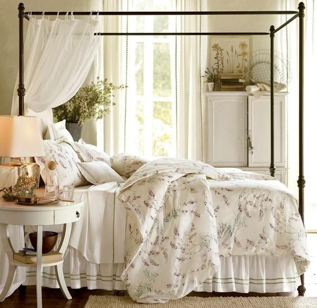 aranżacja sypialni i łóżka z baldachimem