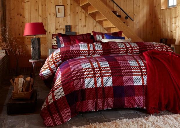 aranżacja sypialni z wielkim łóżkiem