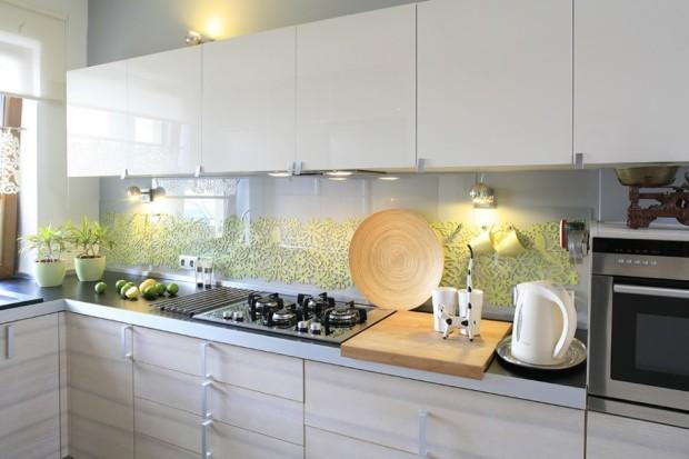 szkło nad blatem kuchennym zdjęcia