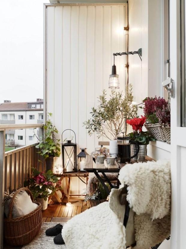 oświetlenie na balkonie