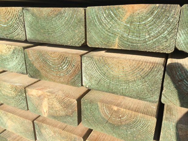impregnacja drewna pod budowę domu