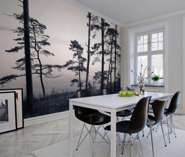 mural na całej ścianie w pomieszczeniu