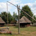 Ukraina. Oddamy stare drewniane budynki do rozbioru, rancza PGR